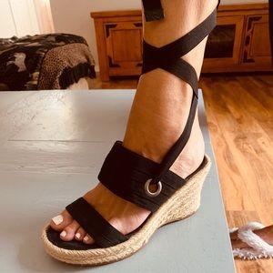 Nine West open toe tie up wedge heels sz. 7.5